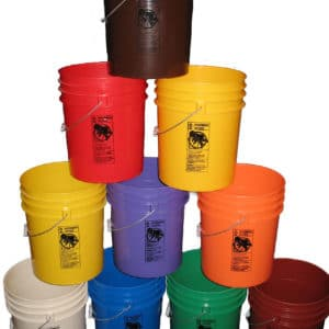 Plastic 5 gallon round bucket w/ wire bale handle with plastic roller grip