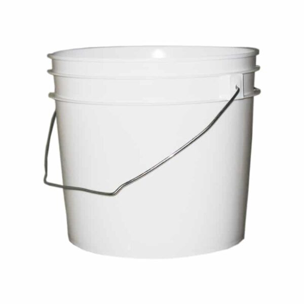 White plastic 1 gallon round bucket w/ wire bale handle