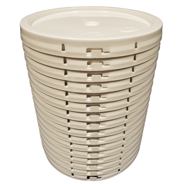 White plastic lid with gasket and tear tab fits 3.5 gallon, 4.25 gallon, 5 gallon, and 5.25 gallon round pails