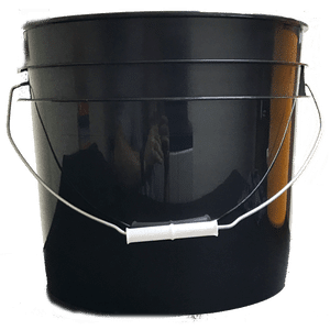 Black plastic 3.5 gallon round bucket w/ wire bale handle with plastic roller grip