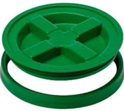 "Green plastic Gamma Seal Lid fits all standard 3.5 Gallon, 5 Gallon, 6 Gallon and 7 Gallon Pails or Buckets with a 12"" Diameter"