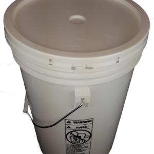 White plastic 6 gallon round bucket w/ plastic handle and grip & lid