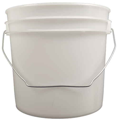 Natural plastic 1 gallon round bucket with wire bale handle